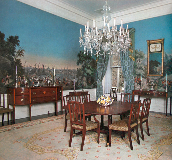 Private Dining Room Set: Seasons For All At Home: Decorating At The White House