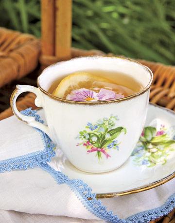 Tea-party-tea-rep0507-de Country Living