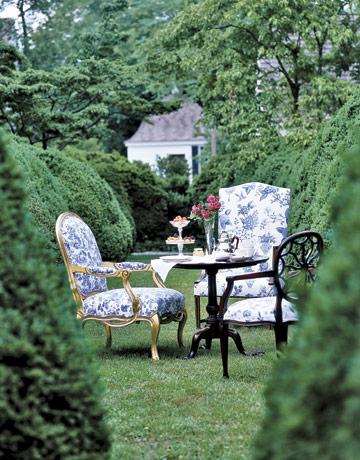 Garden-tea-de-10590817 Country Living