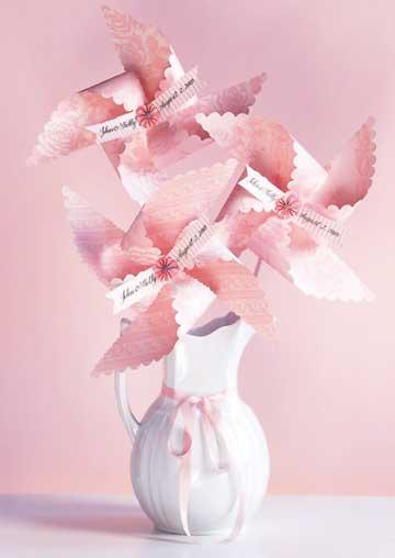 P_CNW214895 Pinwheel Bouquet BHG