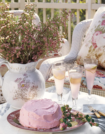 Pink-cake-de Country Living