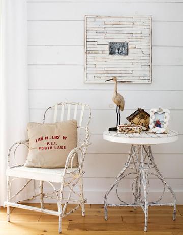 Beach-house-sitting-area-0709-de Country Living