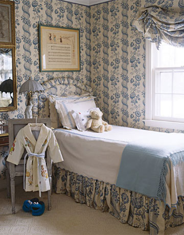 116-blue-bedroom-0506_xlg-72285792 House Beautiful