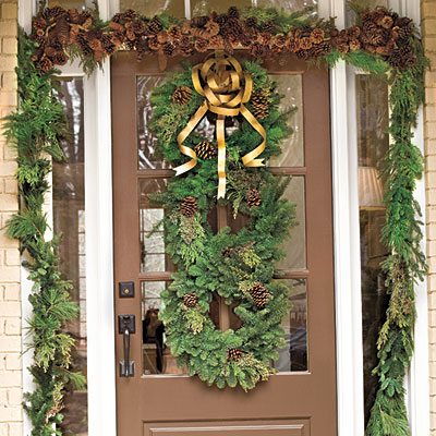 Stacked-evergreen-wreaths-l Southern Living